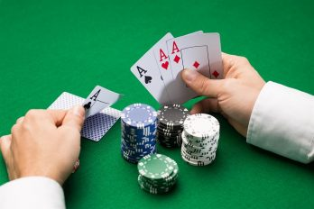 How to Unmask a Poker Bluff