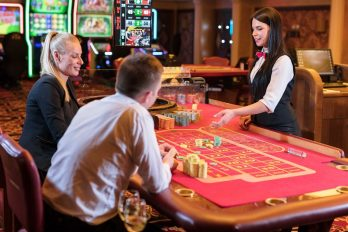 How to Behave at a Casino Table?